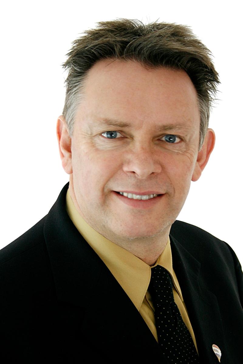 Ian Inglis at The Inglis Team